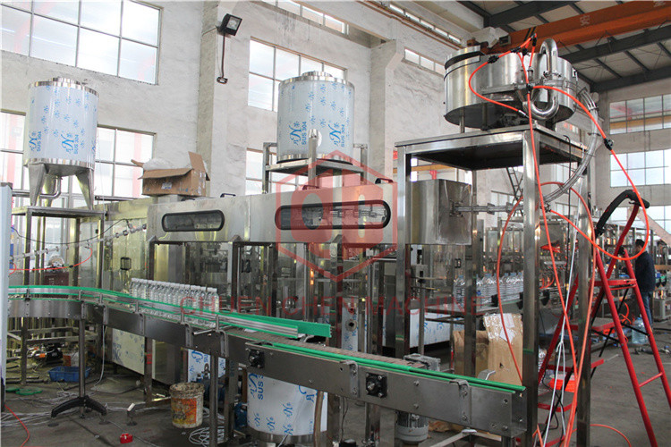 Anti - Foam Plastic Bottle Hot Juice Filling Machine For Beverage Production Line